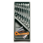 2424 T22-15 TOOLS IN THERMOFORMED