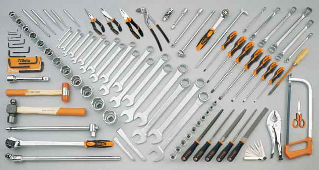 Tööriistakomplekt  99 tööriistaga mullatöömasinate jaoks (CATERPILLAR)
