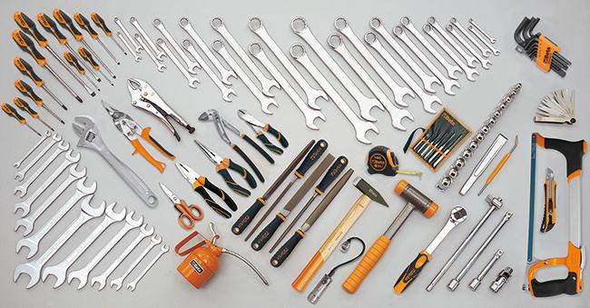 Tööriistakomplekt 107 tööriistaga
